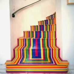 Tips for Decorating Your Staircase