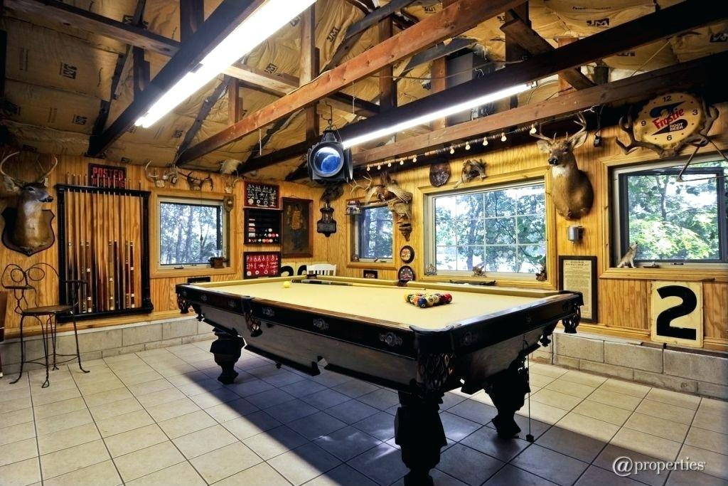 Ideas to Turn Your Garage Into a Game Room