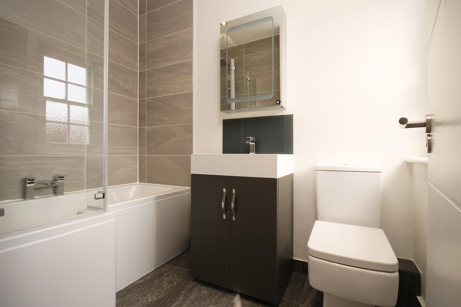 Sleek Flooring Trends For Your Bathroom