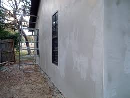 Top Tips for Repairing Minor Cracks in Stucco Siding