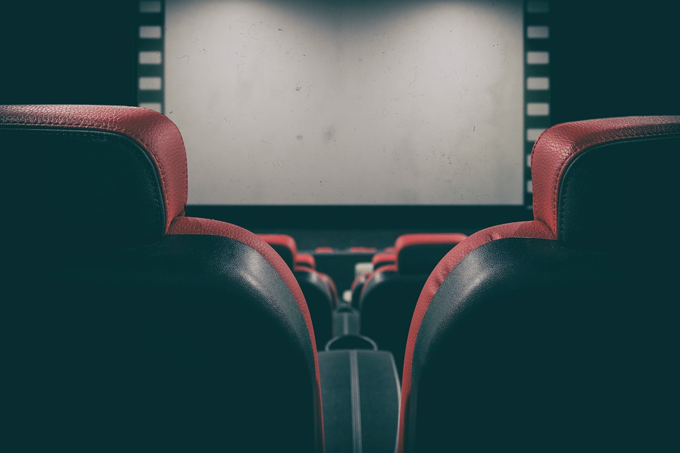 How to Bring the Cinema Feel to Your Home