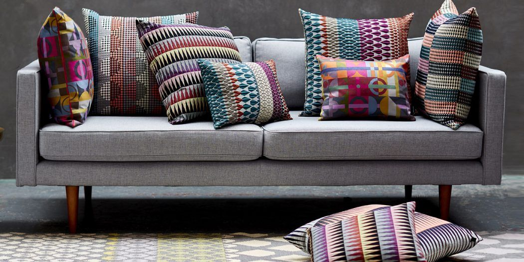 How to Decorate Your Home With Cushions